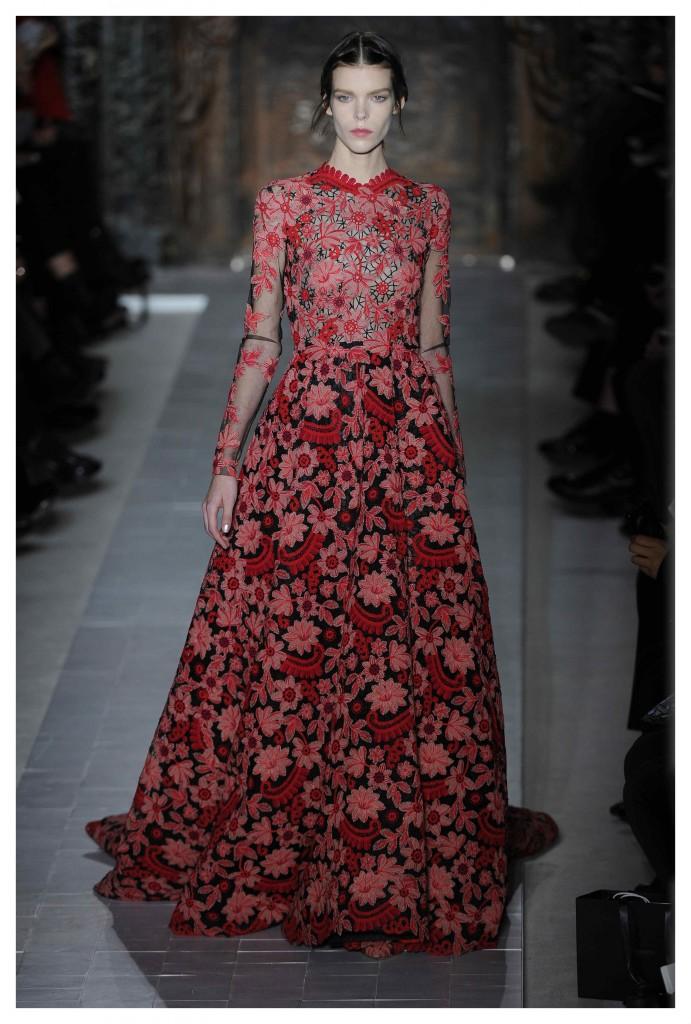 coleccion de Valentino alta costura SS13 en el desfile de Paris.