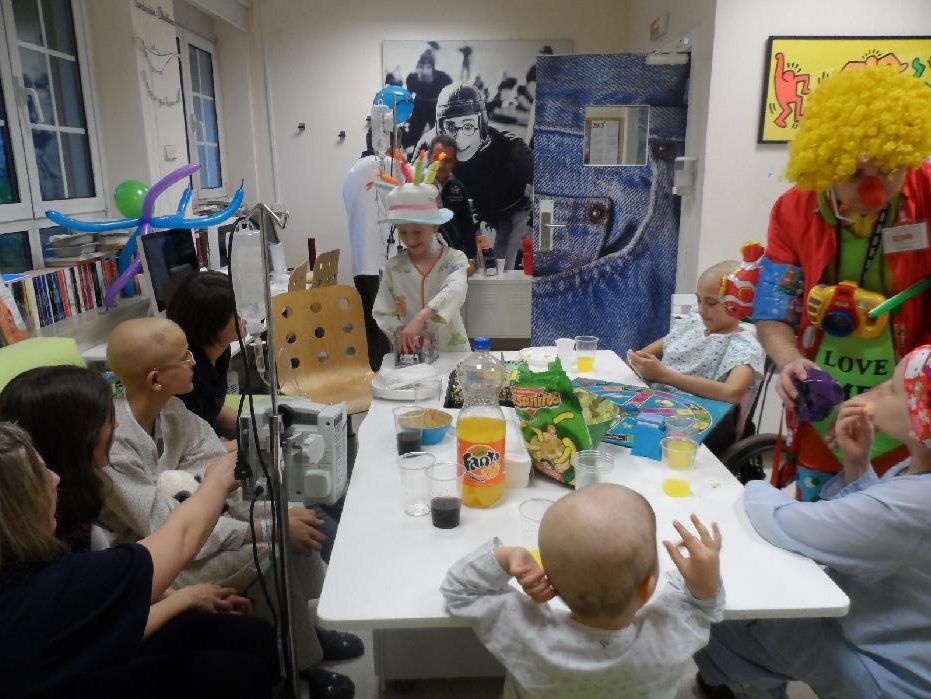 Fundación Aladina (niños con cáncer)