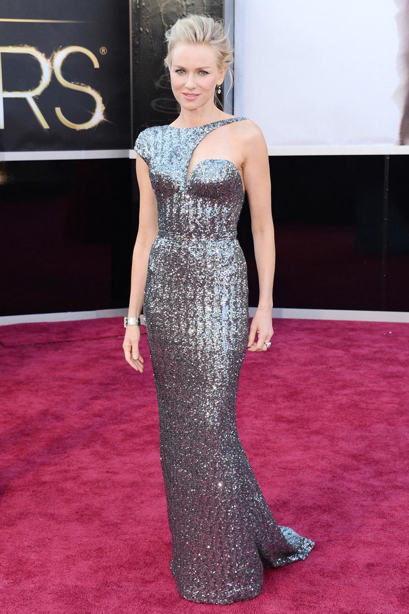 Naomi Watts mejor vestida