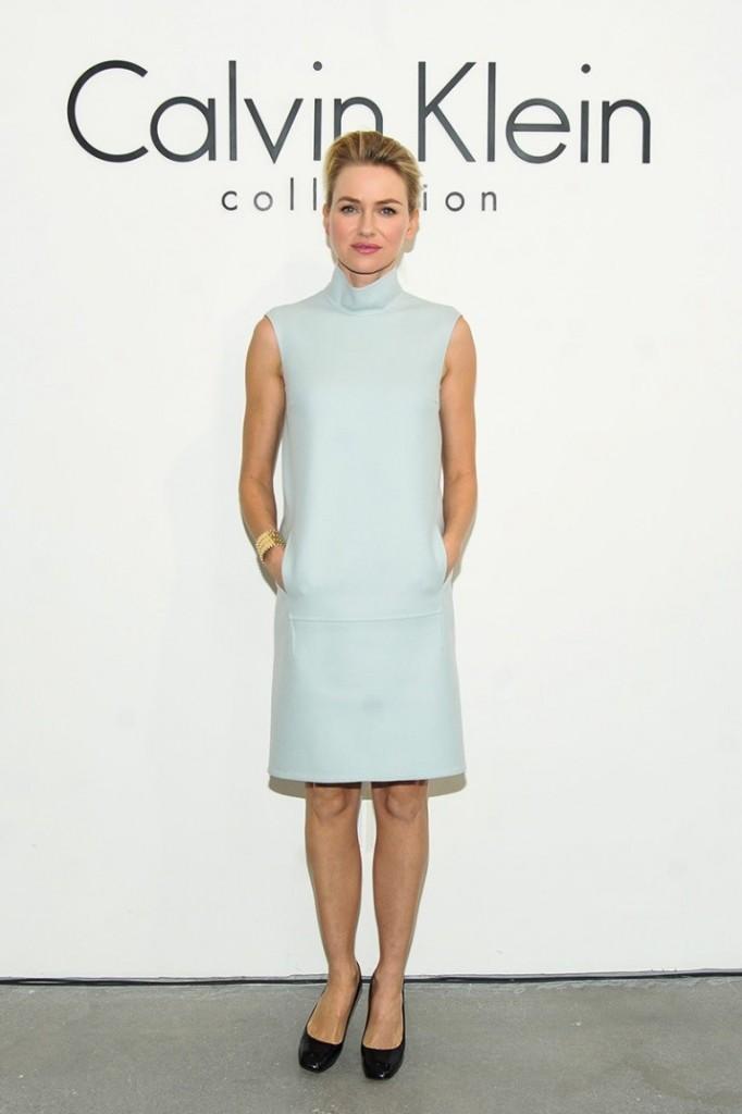 3. azul cielo_La Más Mona_ Alquiler vestidos
