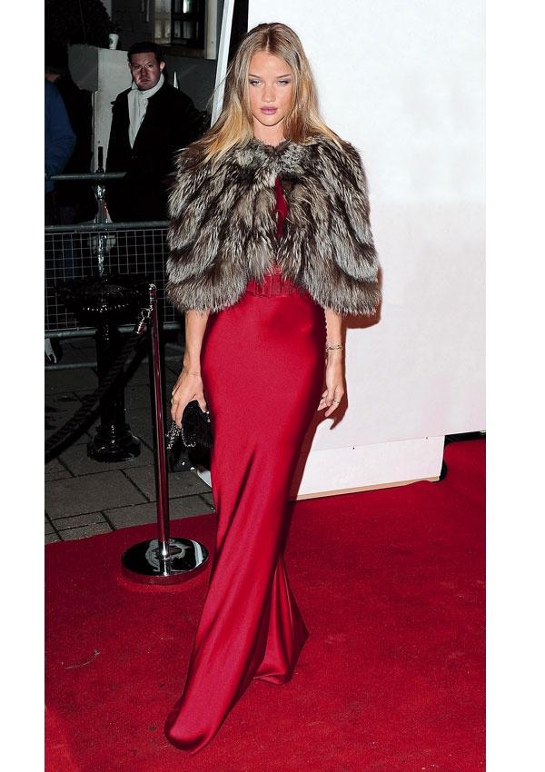 vestido largo rojo lamasmona.com