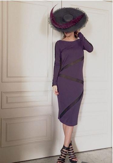 invitada de lamasmona.com con vestido de punto