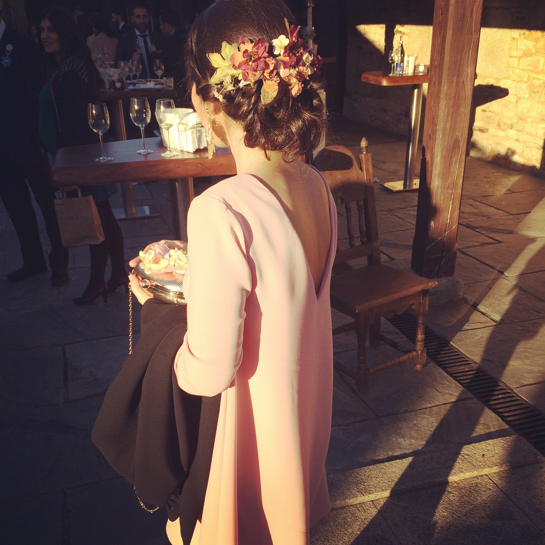 invitada de boda de rosa cuarzo de lamasmona.com
