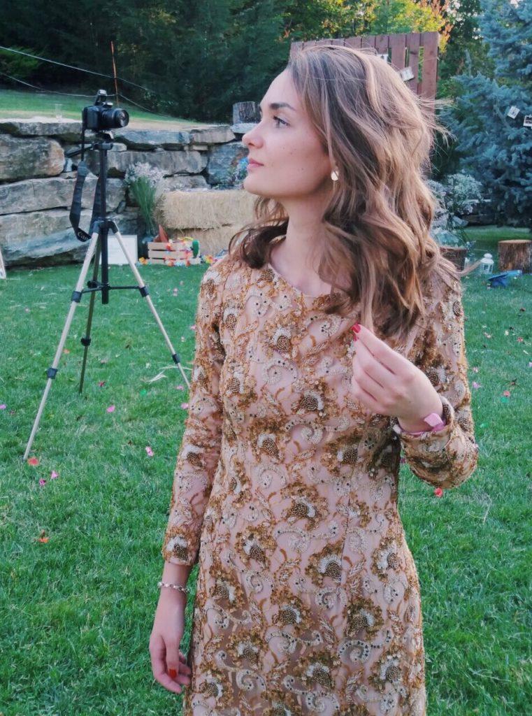Vestido dorado La Más Mona
